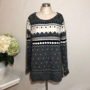 American Eagle Knit Winter Sweater